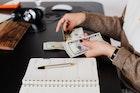 10 Kunci dan Cara Sukses Mengatur Keuangan Keluarga