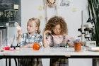 Berencana Mengikuti Asuransi Pendidikan Anak? Ketahui Hal-Hal Berikut Sebelumnya