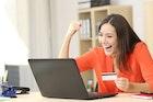 5 อันดับบัตรกดเงินสดที่สามารถสมัครได้แม้เงินเดือนไม่ถึง 10,000