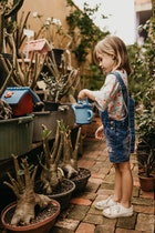 ลูกยังเล็กอนาคตยังอีกไกล...ทำประกันภัยเอาไว้ดีกว่าเพื่ออนาคตที่สดใสของลูกๆ